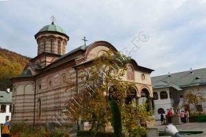 Manastirea Cozia 10