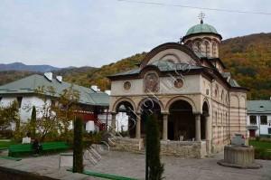 Manastirea Cozia 3