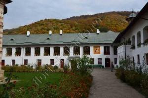 Manastirea Cozia 6